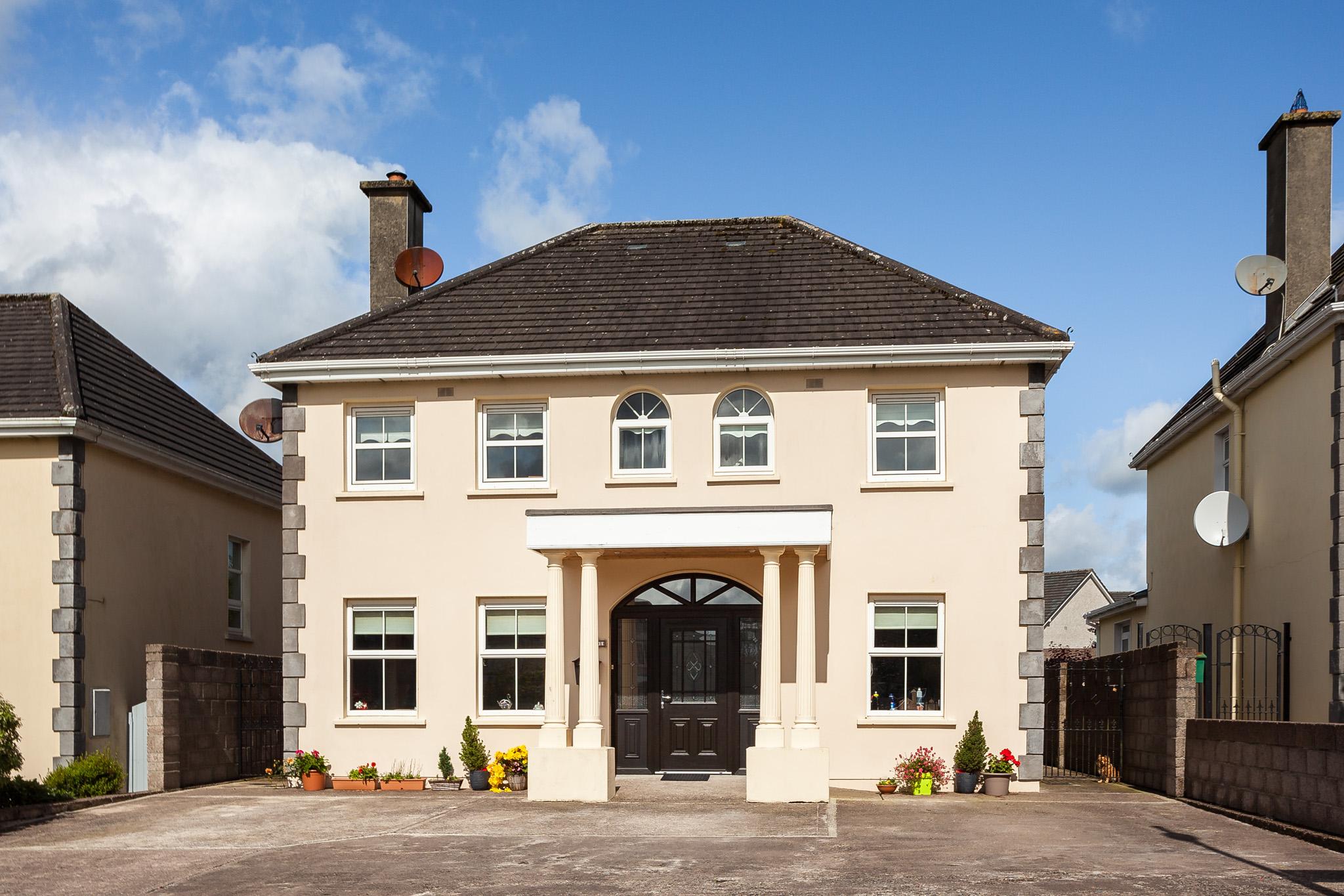 1, Millbrook Close, Gurteenroe, Macroom, West Cork, P12 W297