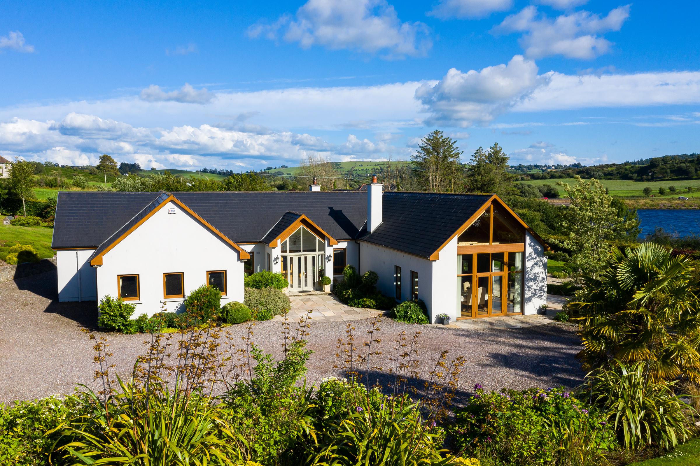 LAKE VIEW, Ballytrasna, Lissarda, County Cork.
